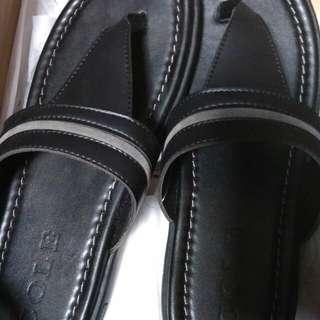 Cole sandal
