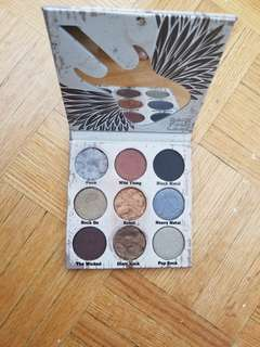 Crown glam metal palette. Free with $30 purchase.