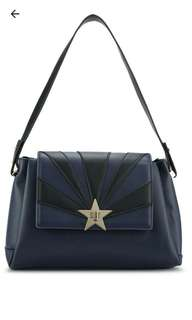 Star burst shoulder bags