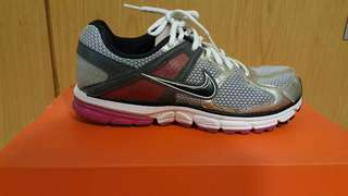 Nike Women's Zoom Structure 14