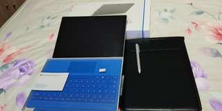 Microsoft Surface Pro 4,Intel I5,256GB