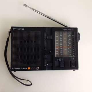 Grundig City-Boy 100 - Vintage Radio