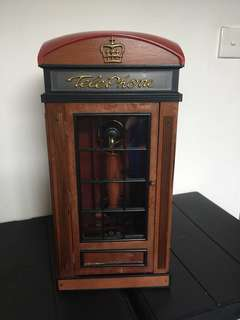 Antique telephone (can mount on wall)