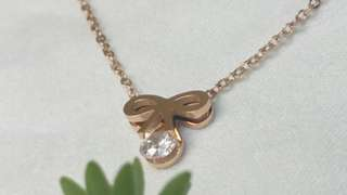 高光玫瑰金配鑽石切鋯石 High glossy rose gold necklace with diamond cut crystal zirconia