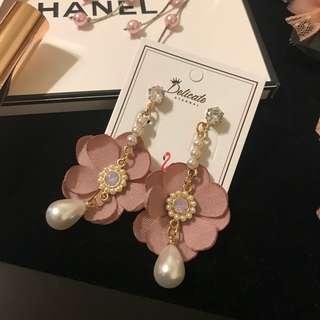 韓國店購入 珍珠花耳環