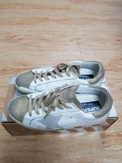 🚚 GGDB髒球鞋。白色,金色37碼(保証真品)