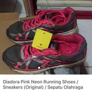 Diadora Pink Neon Running Shoes / Sneakers (Original) / Sepatu Olahraga