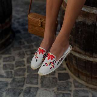 Floral Embroidered Slip-on Espadrilles Mules Soludos Style