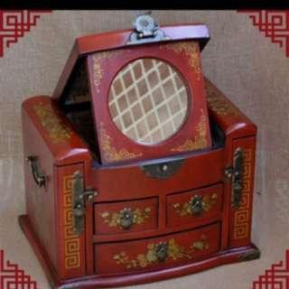 本製懷舊風手飾盒