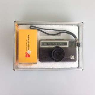 Kodak Instamatic 76X (dengan kotak plastik tidak dapat dibuka) - Vintage Camera