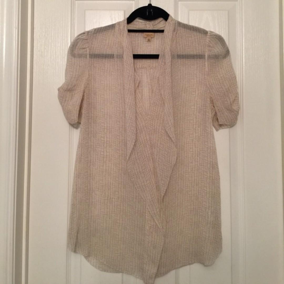 Aritzia/T Babaton 100% Silk Short Sleeved Pattern Blouse (Small)