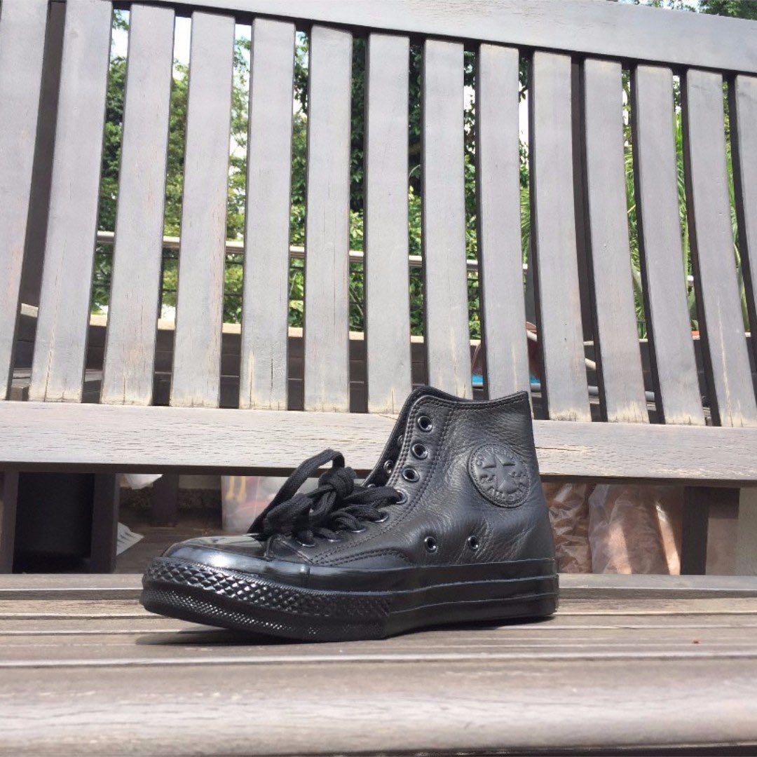 6fff726ba0b8 Chuck Taylor All Star  70 Mono Leather (All Black)