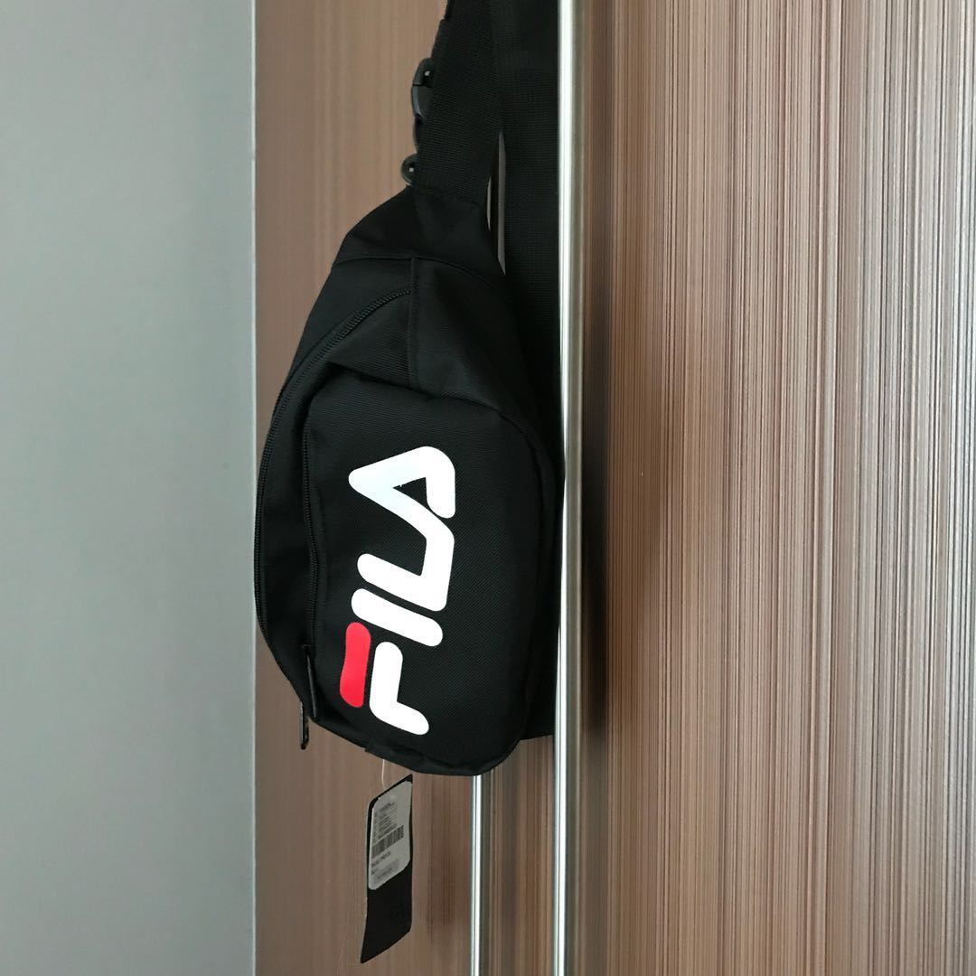 bed65f84278 Fila Belt Bag (100% Original, From Spain, With Tag), Women s Fashion, Bags    Wallets on Carousell