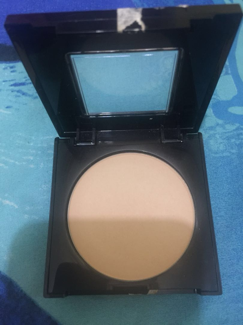 Maybelline fit me poreless powder