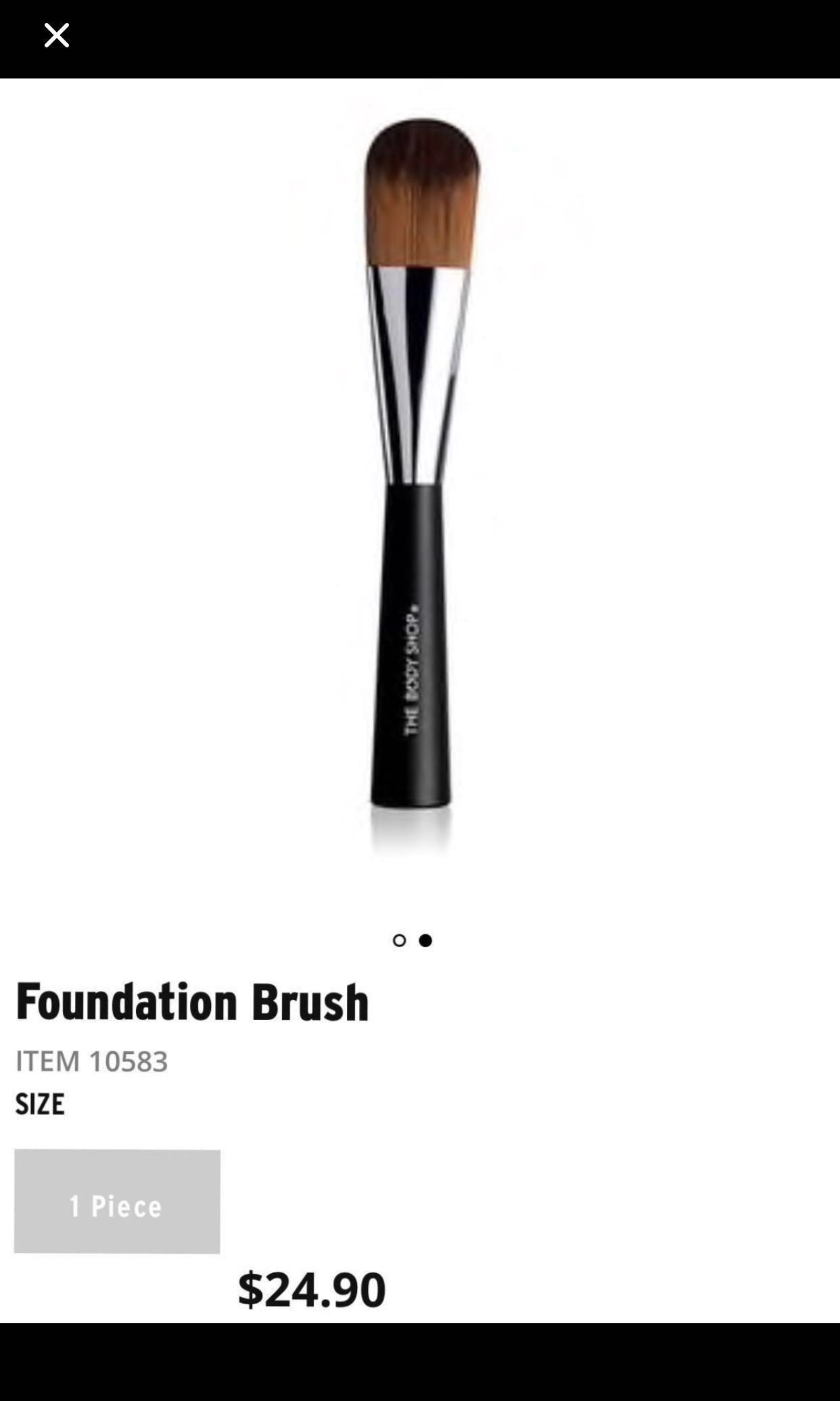 The Body Shop Makeup Brushes Health Beauty Makeup On Carousell