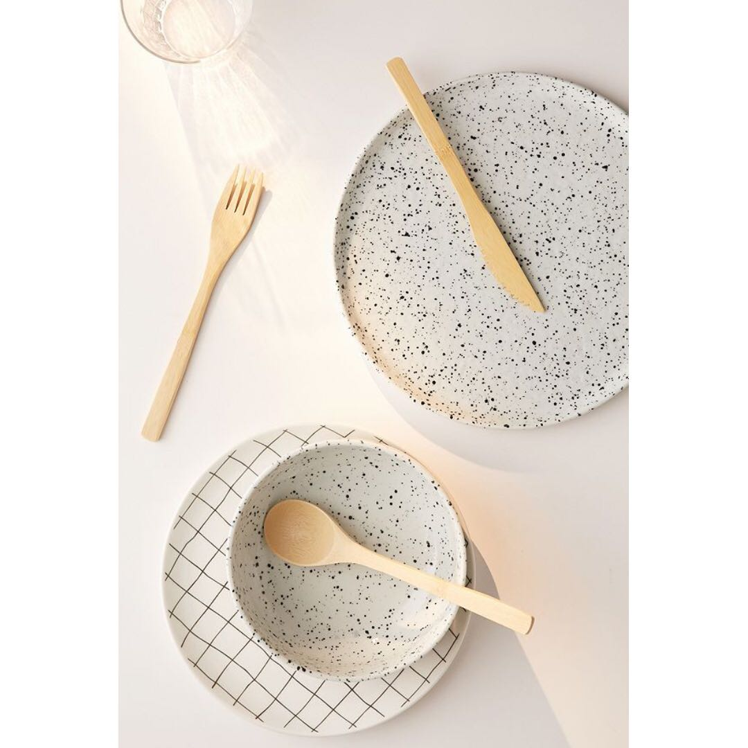 photo photo ...  sc 1 st  Carousell & urban outfitters speckled dinnerware Home Appliances on Carousell