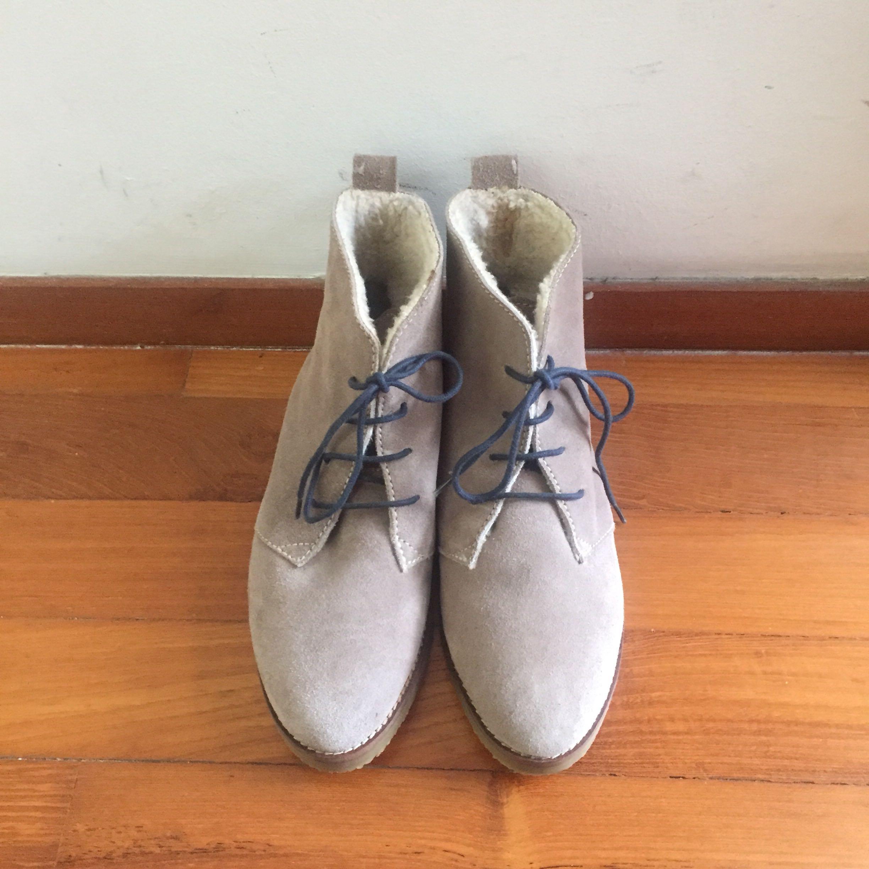 ZARA suede lace up boots (eu 38/ uk 5)
