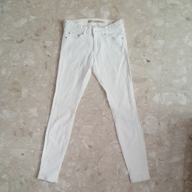 2807ffb6 Zara Woman Skinny White Jeans, Women's Fashion, Clothes, Pants, Jeans &  Shorts on Carousell