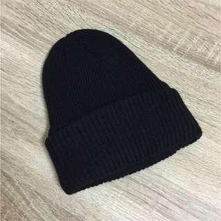🚚 黑色百搭全素面毛帽