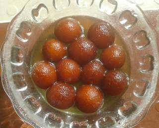 Homemade Indian Gulab Jamun