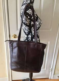 QUEROS VOLARE GROUP Columbian Brown Genuine Leather Women's Shoulder Bag