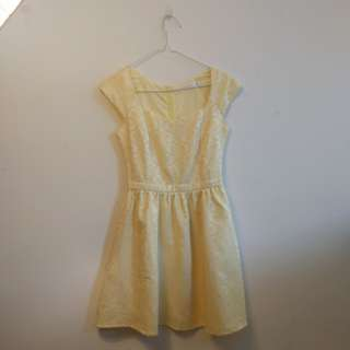 Yellow Dress with pockets / Semi-formal