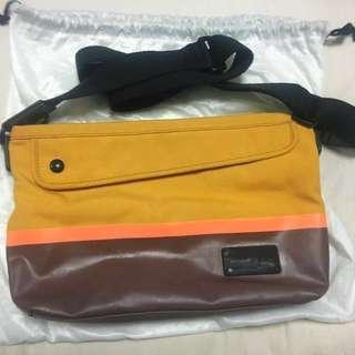 Samsonite Red Traveling Bag