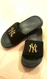 MLB NY 拖鞋