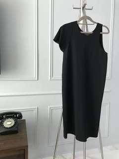 BNWT Emporio Armani chic Black Dress