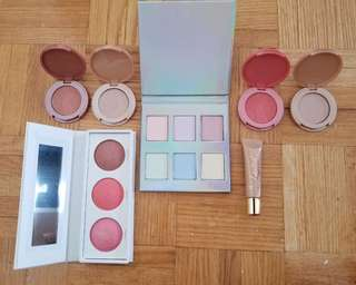 Highlighters and blushes