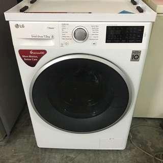 Like new LG Direct Drive 7.5kg washing machine / washer