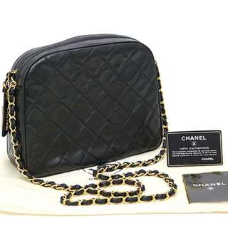 Authentic classic chanel bag😍