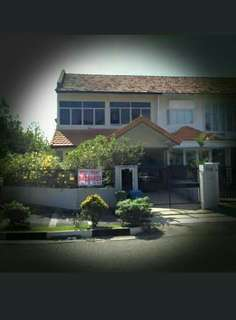 URGENTLY FOR SALE...  Siglap Road Corner Terrace House For Sale ... One Minute Walk To Siglap Centre 3.5M price neg.