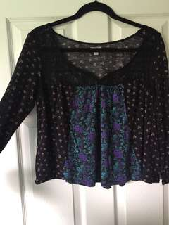 UO flowy 3/4 sleeve top
