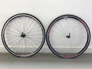 Spinergy clincher wheelset