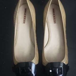 Authentic Prada Flats 7.5