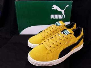 Puma Suede Yellow . Size. 40 - 44 .