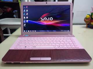 SONY VAIO PinK i5/Win7/4Gb/500Gb Hdd/14.5inch /Gaming