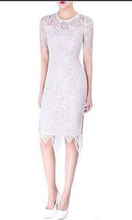 LOOKING FOR: Doublewoot lace Dress