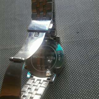 Selling my mk5057 watch