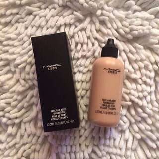 Mac liquid foundation 120ml