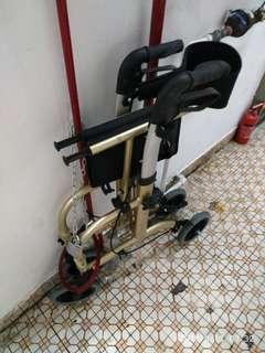 輪椅學行車 ,九成新