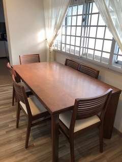 DINING TABLE WITH 6 CHAIRS ( REAL BARGAIN)