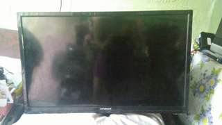 DEFECTIVE Devant LED TV