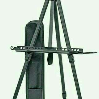 Standing frame / stand photo