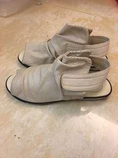 🚚 二手女童-涼鞋19cm