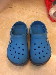 🚚 crocs正品-8成新的12c13