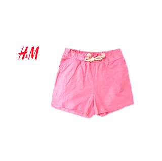 H&M kids shorts and side pocket
