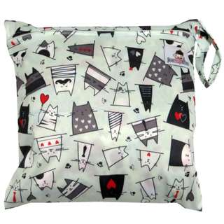 Multipurpose Single Zip with snap button Wetbag - Cats