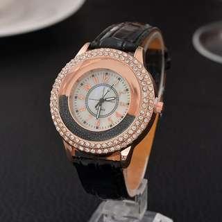 Luxury Leather Crystal Stone Watches Women Dress Watch Quartz Wristwatches Clock Gift Quartz Ladies Watch relojes mujer 2017